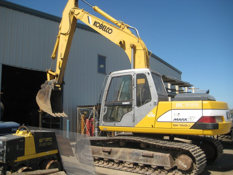 HCM Group - Backhoe